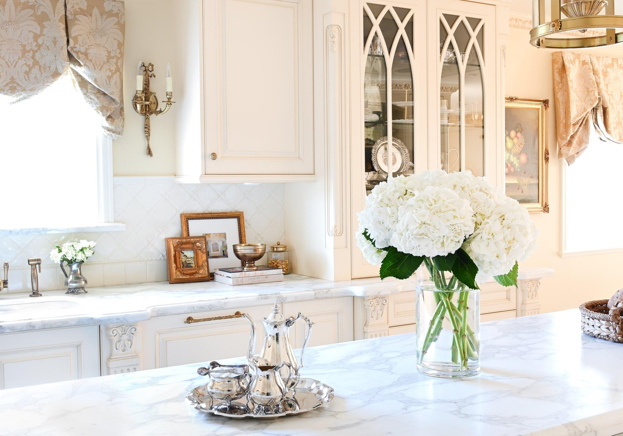 Burnaby Luxe Kitchen Maria DeCotiis Interior Design