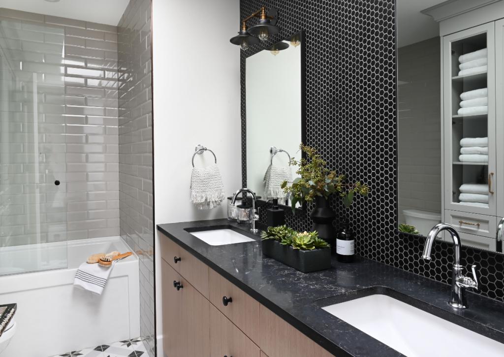 MariaDeCotiis Vancouver InteriorDesign Luxury Custom Bathroom Open Airy